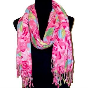 """HOLY GRAIL Lilly Pulitzer """"The Lilly"""" Scarf"""
